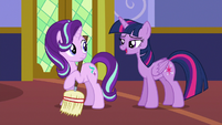 """Twilight Sparkle """"didn't I see you sewing with Rarity?"""" S6E21"""