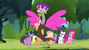 Discord dressed as an Alicorn S4E25.png