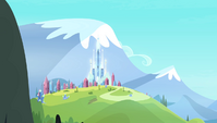 The Crystal Empire in the distance S4E24