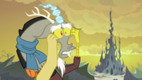Discord pulling his eye sockets S6E26