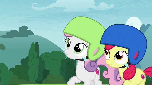 File:Sweetie and Apple Bloom look up at Scootaloo S7E6.png