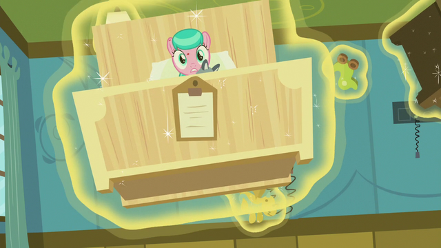 File:Aquamarine's bed flies at Twilight and Spike S7E3.png