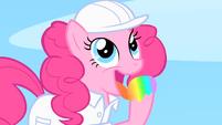 Pinkie Pie licks the rainbow S1E16