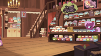 Tea salespony in her tea store S7E12