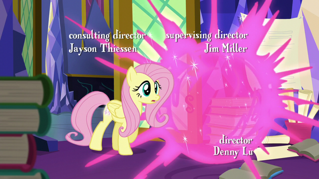 File:Twilight teleports away from Fluttershy S5E23.png