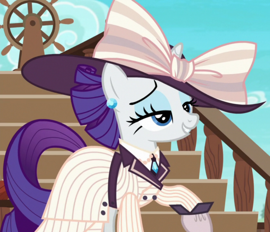 File:Rarity elegant seafaring outfit ID S6E22.png
