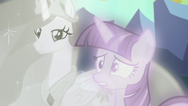 File:Twilight Sparkle starts to get worried S7E1.png