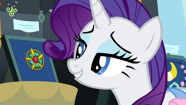 File:Rarity looking at vintage brooch S4E22.png