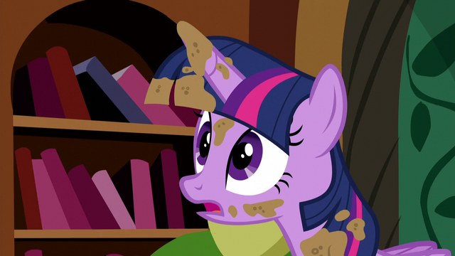 "File:Twilight slight panic ""no!"" S5E3.png"