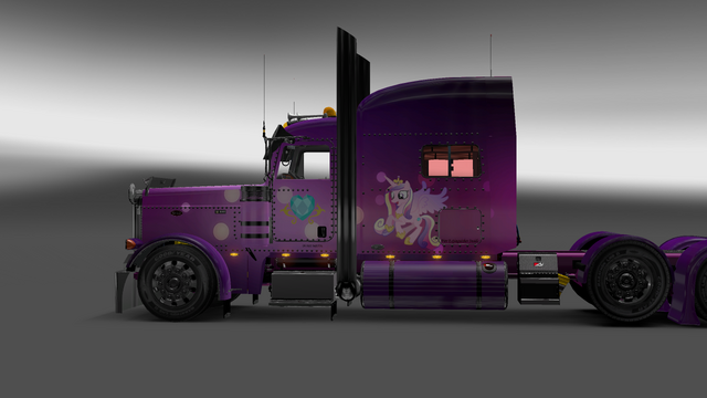 File:FANMADE ETS2 Pete 389 Custom - Princess Cadance Skin 8.png