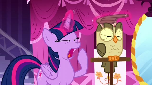 File:Twilight Sparkle yawning S5E13.png