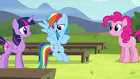 Rainbow imitating rap-style sounds S4E21