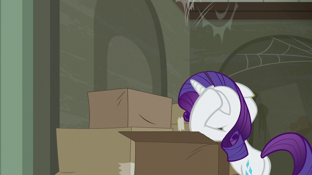 File:Rarity reaching her wit's end S6E9.png
