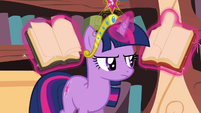 Twilight looks for a reforming spell S03E10