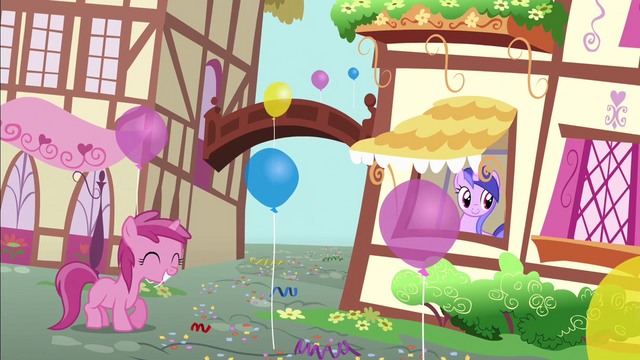 File:Ruby Pinch with a balloon S4E12.png