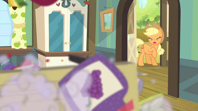 File:Apple Bloom falls down S4E17.png