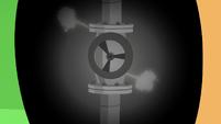 Leaky pipe in Applejack's eye S6E10