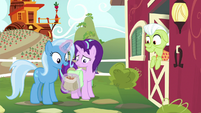 """Trixie """"they'd go so well with cinnamon nuts!"""" S7E2"""