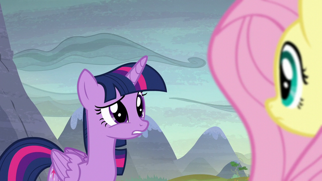 File:Twilight Sparkle in surprise S5E23.png