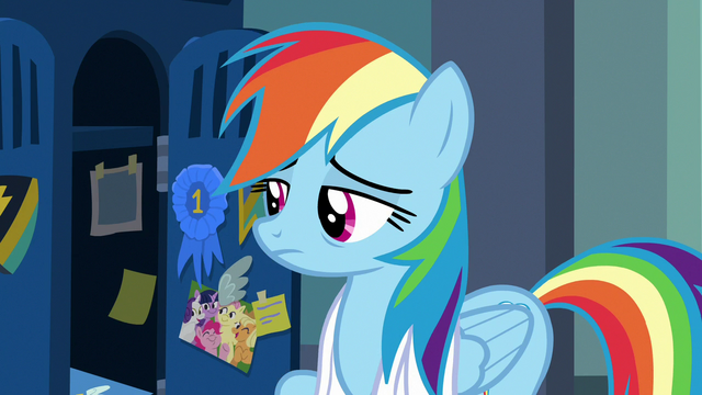 File:Rainbow Dash exhaustedly opening her locker S7E7.png