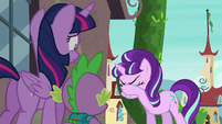 Starlight wipes off the tear from her eye S5E26