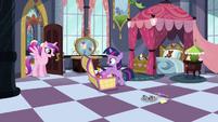 Filly Twilight's room S02E25