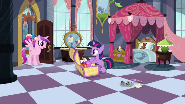 File:Filly Twilight's room S02E25.png