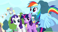 Rainbow 'My birth-iversary's already looking way cooler!' S4E12
