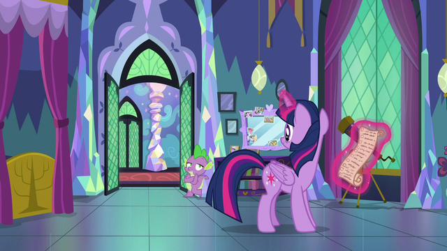 "File:Spike ""we're a good team, Sparkle!"" S7E1.png"