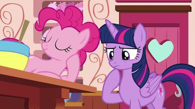 File:Twilight Sparkle considers asking Applejack S6E22.png