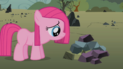 Filly Pinkie Pie sad S1E23.png
