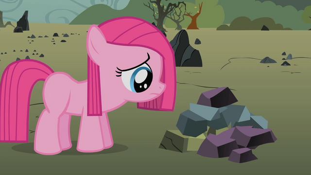 File:Filly Pinkie Pie sad S1E23.png
