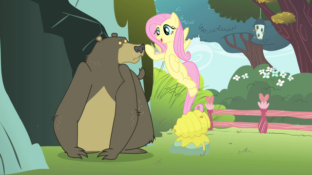 File:Fluttershy singing to the bear S4E14.png