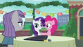 "Pinkie acting ""You are very welcome, Rarity!"" S6E3.png"