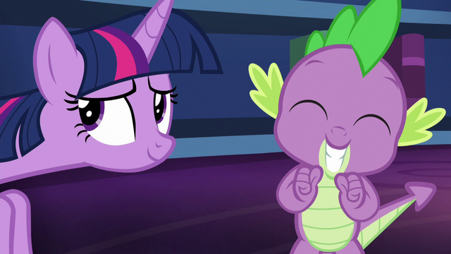 File:Spike smiles in excitement S5E22.png