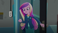 Dean Cadance surprised by what she sees EG3.png
