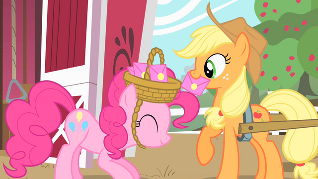 File:Applejack taking the envelope S1E25.png