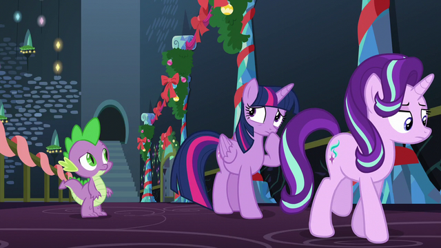 File:Twilight thinking S6E8.png