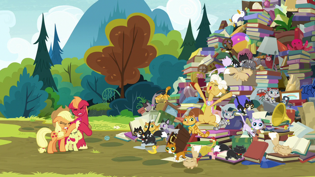 File:Goldie Delicious making a grand entrance S7E13.png