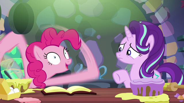 File:Pinkie Pie about to give a long explanation S6E21.png
