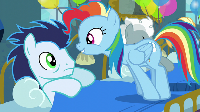 File:Rainbow standing in Soarin's bed S6E7.png