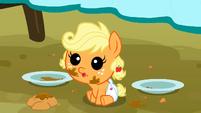 Applejack as a baby cuteness S3E8