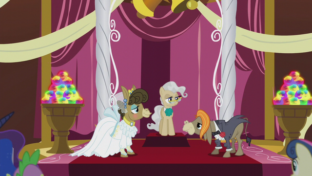File:Cranky, Matilda, and Mayor Mare at the altar S5E9.png