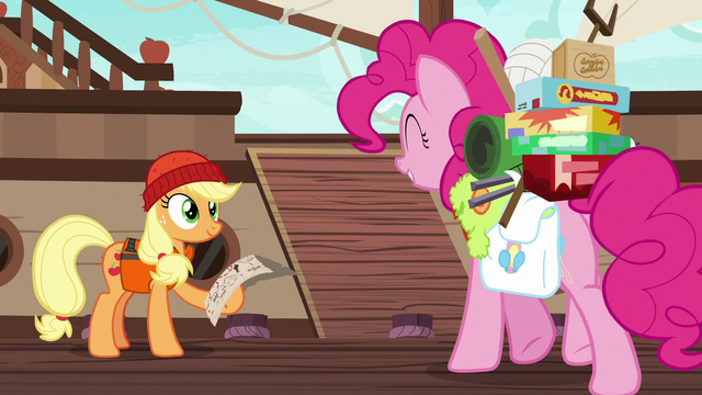 File:Pinkie meets Applejack at the docks S6E22.png