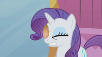 Rarity with hairball in her eye S1E10