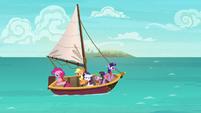 Twilight and friends go sailing S6E22