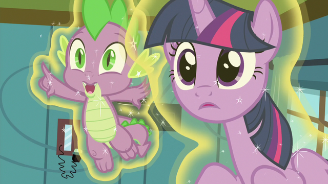 File:Spike pointing off-screen S7E3.png
