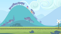 CMC riding on the hills S4E05