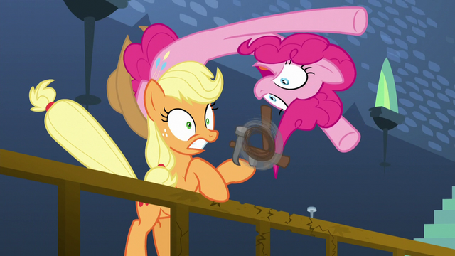 File:Pinkie pops out of Applejack's hat S5E11.png