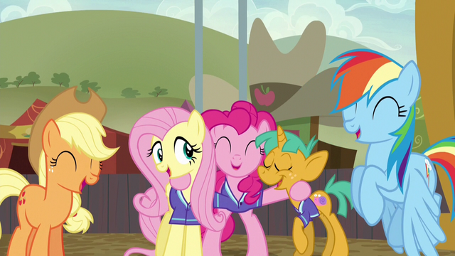 File:Ponyville team sharing a laugh S6E18.png